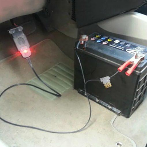 care mémoire/câble obd2 de sauvegarde des donnés lors du remplacement de la batterie voiture